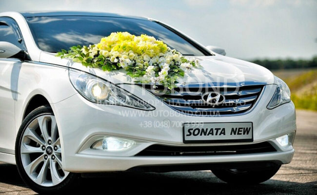 Hyundai_Sonata_2013_white_10