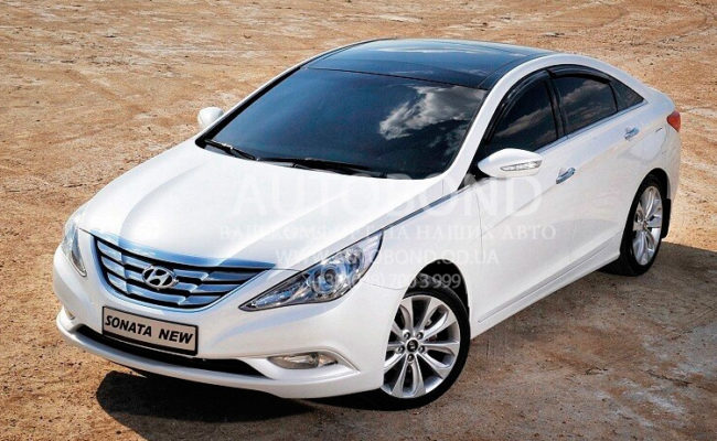 Hyundai_Sonata_2013_white_15