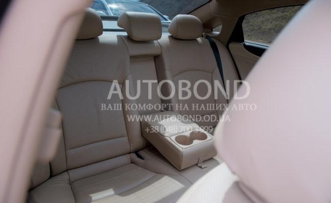 Hyundai_Sonata_2013_white_27