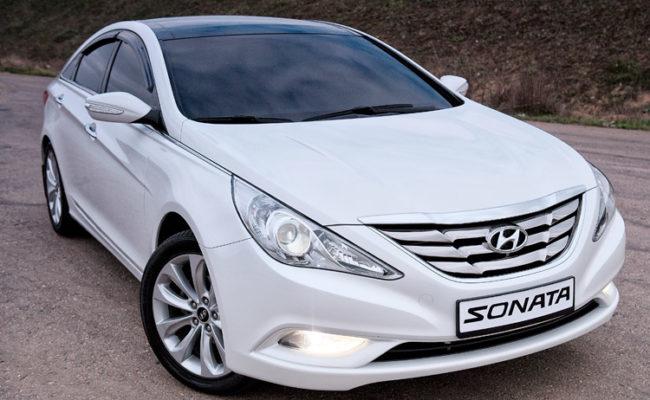 Hyundai_Sonata_2013_white_29