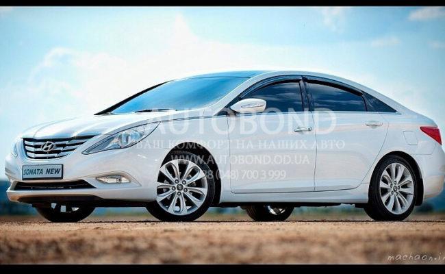 Hyundai_Sonata_2013_white_8