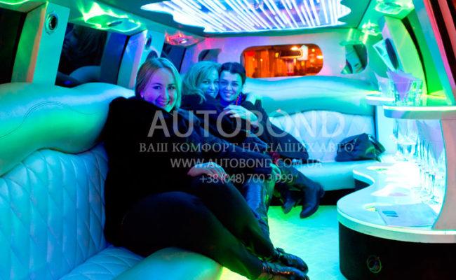 Lexus_limo_white_211