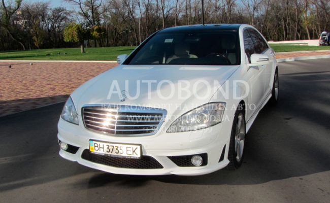 Mercedes_Benz_221_white_our_29