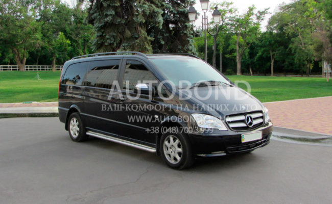 Mercedes_Benz_Viano_9