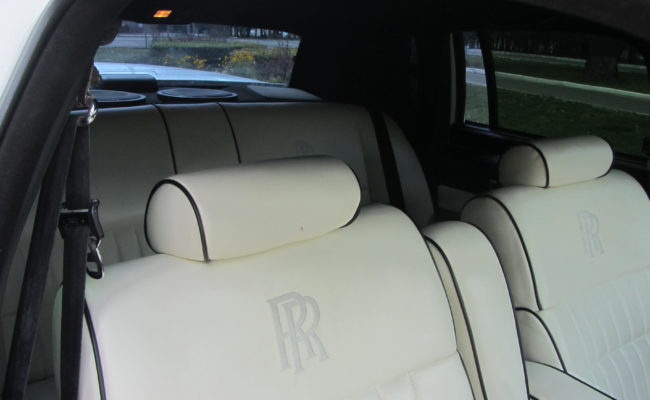 Rolls-Royce-Ghost-2014-18
