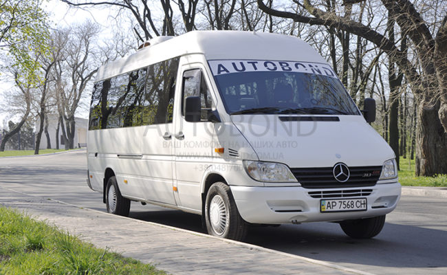 mercedes_benz_Sprinter_18_white_3