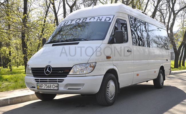 mercedes_benz_Sprinter_18_white_8