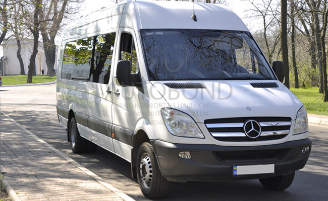mercedes_benz_Sprinter_20_white_2