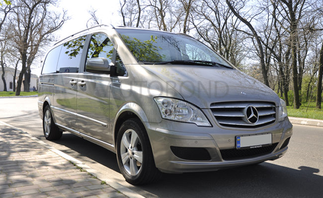 mercedes_benz_Viano_2010_1_gold_3