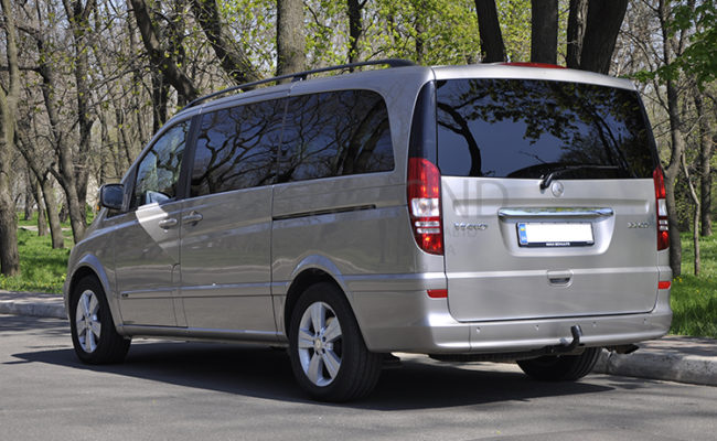 mercedes_benz_Viano_2010_1_gold_5