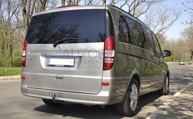 mercedes_benz_Viano_2010_1_gold_6