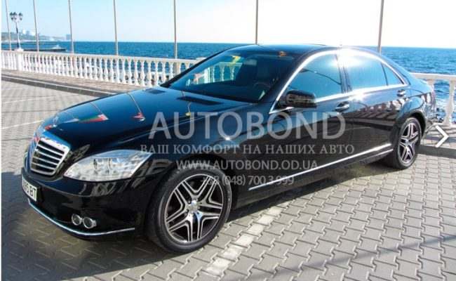 mercedes_benz_W221_black_200