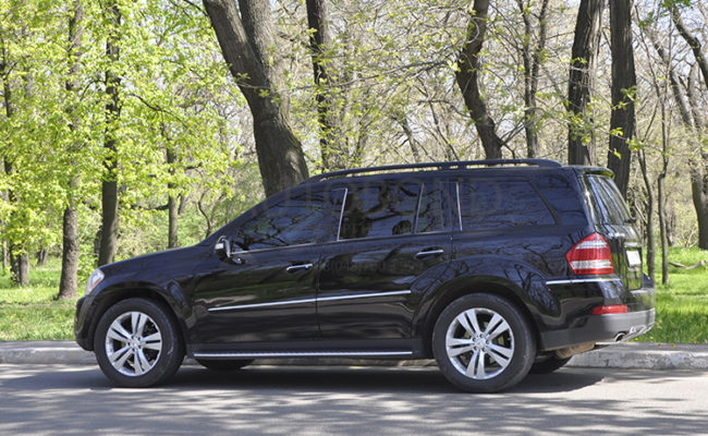 mercedes_benz_gl_black_11
