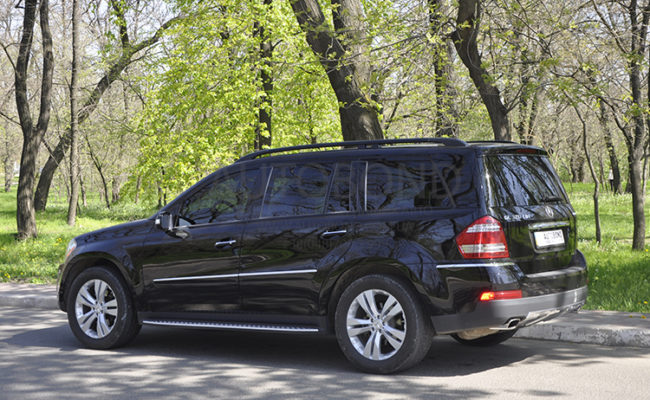 mercedes_benz_gl_black_12