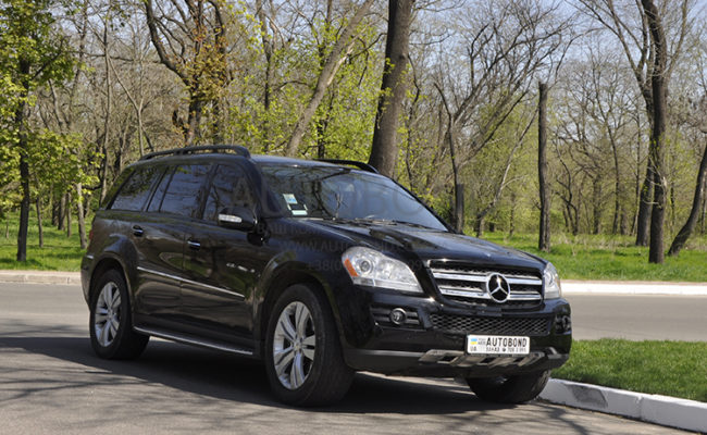 mercedes_benz_gl_black_6