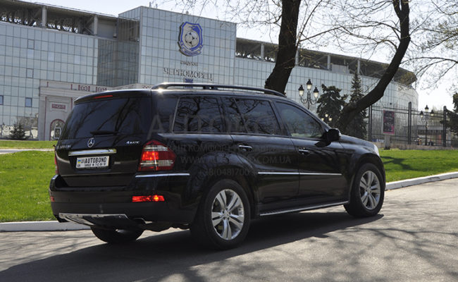 mercedes_benz_gl_black_7