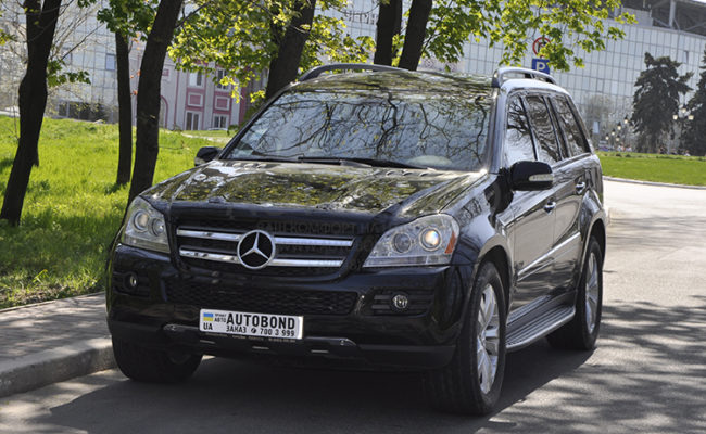 mercedes_benz_gl_black_9