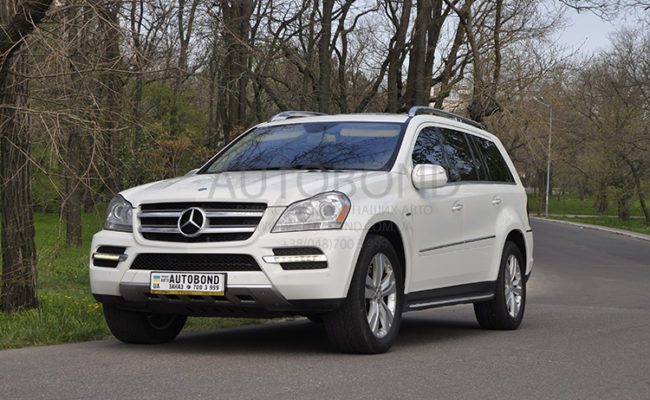 mercedes_benz_gl_white_1