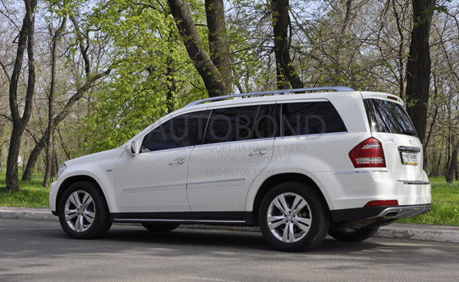 mercedes_benz_gl_white_15