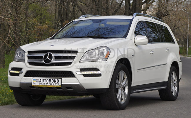 mercedes_benz_gl_white_2