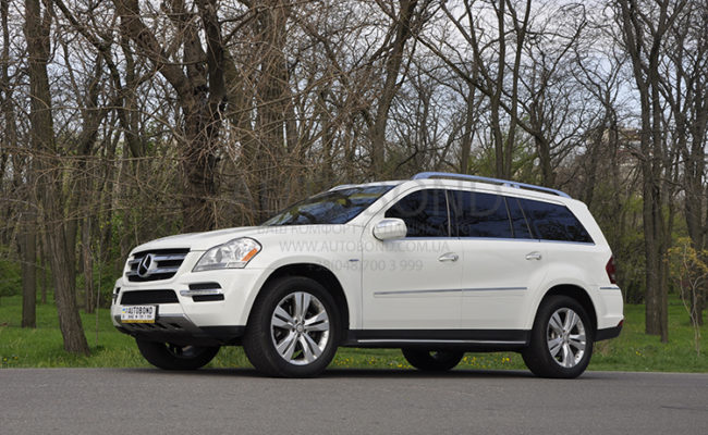 mercedes_benz_gl_white_8