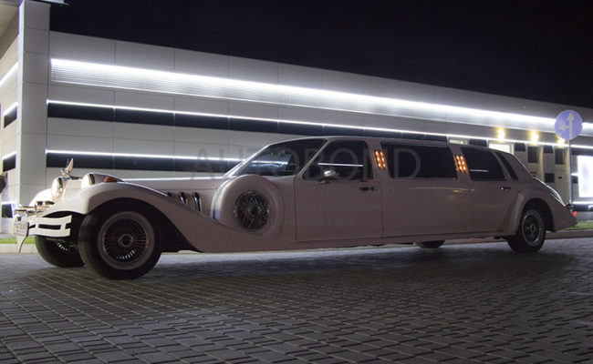 Excalibur_Phantom_Limo_107