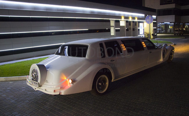 Excalibur_Phantom_Limo_119