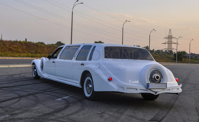 Excalibur_Phantom_Limo_201