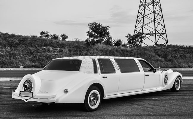 Excalibur_Phantom_Limo_206