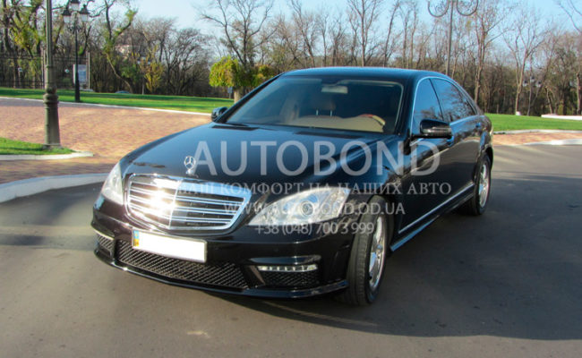 mercedes_benz_W221_black_604