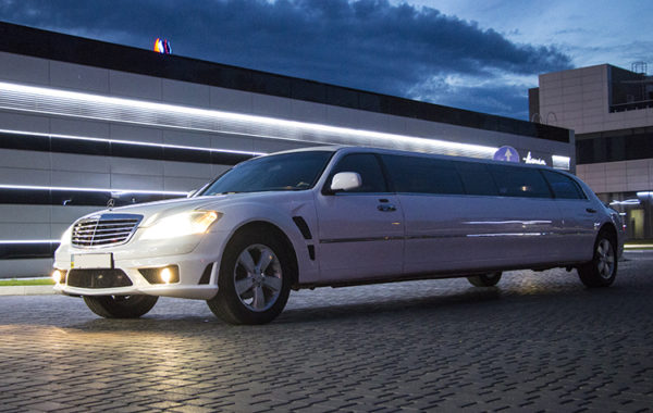 MERCEDES-BENZ S Class W221 LIMO white