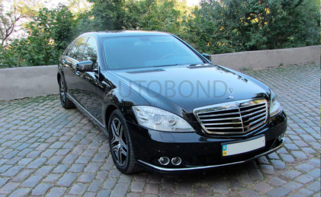 Mercedes_Benz_221_black_0095_1