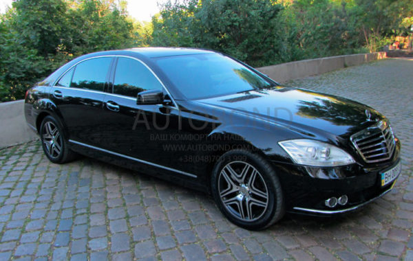 Mercedes Benz W 221 black restyling