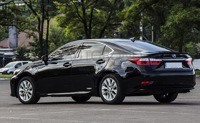 Lexus_black_6661_3