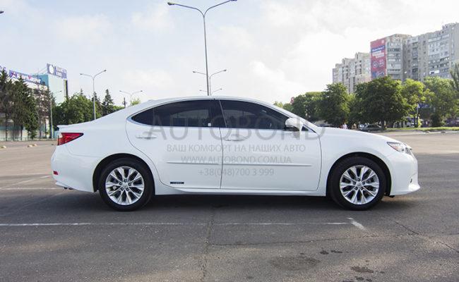 Lexus_white_6381_10
