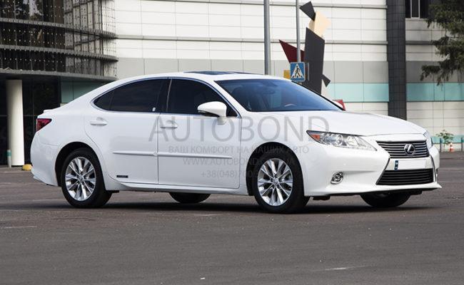 Lexus_white_6381_3